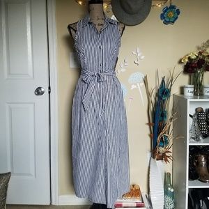Dresses & Skirts - 🆕️💙Striped Button Front Belted Dress💙